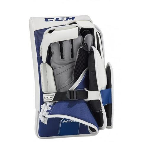 CCM Extreme Flex E4.9 Goalie Blocker Intermediate